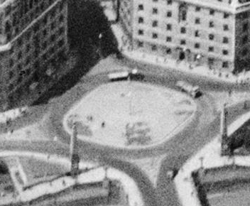 Zoomed in detail of Lambeth Bridge North roundabout